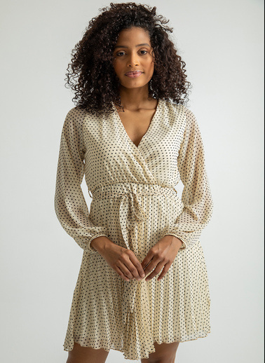 Foremia Beli Bağlamalı Piliseli Şifon Elbise Bej